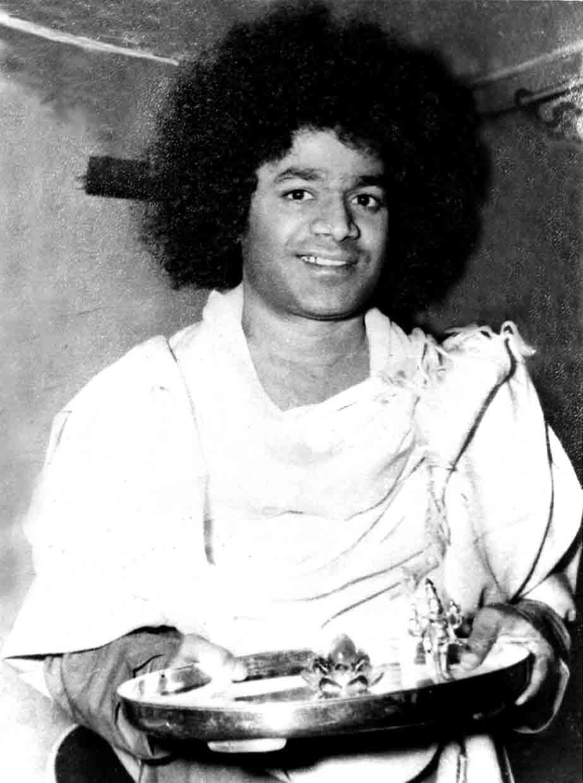 Sai Baba Sathya_sai_baba_2